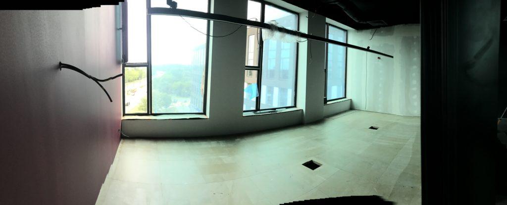 wyposażanie nowego biura czyli wnętrze przyszłej sali konferencyjnej