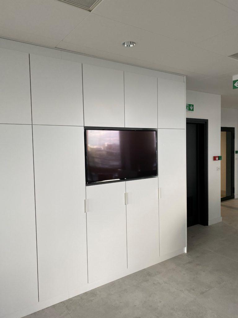 recepcję także wyposażamy w systemy audio-video i digital signage
