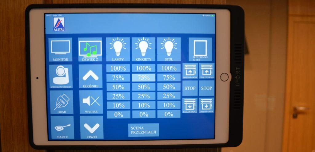 integracje systemów multimedialnych panel sterowania systemu